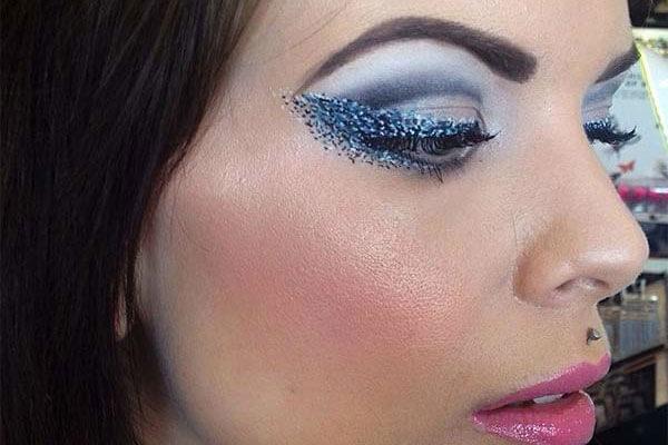 Trend alert 3: Dotted eyeliner