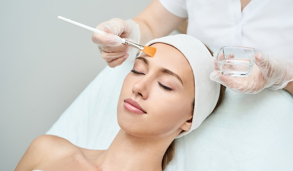 What are glycolic acid peels and why they are beneficial for your skin