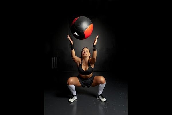 3.Squat to cross body twist