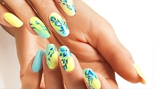 Flower puff girls! Floral nail art to make your nails summer-ready