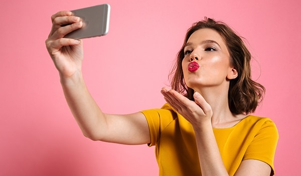 Form these skin care habits in your 20s, your skin will thank you