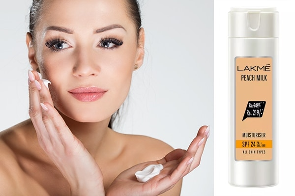 Foundation Makeup: Clean your face