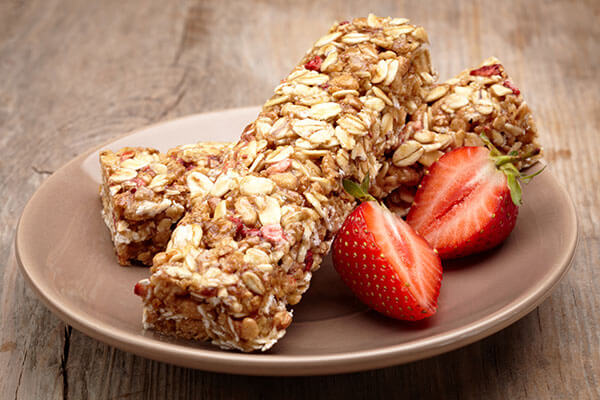 Fruity granola bar