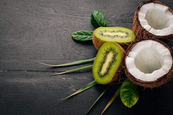 Cooling coconut, kiwi and sea salt summer scrub