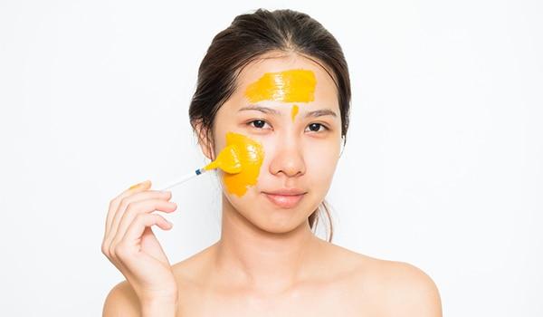 These haldi habits will make your skin glow