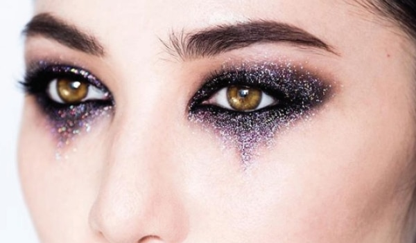 Halloween special: How to create the celestial smokey eye in a few easy steps