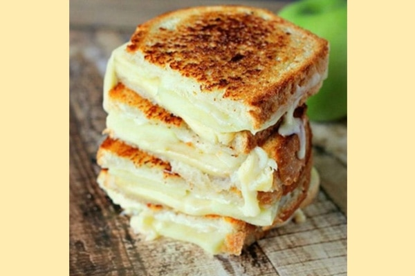 1. Cheese grilled sandwich