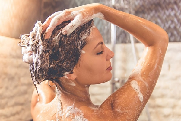 Shampoo Helps To Clean Scalp