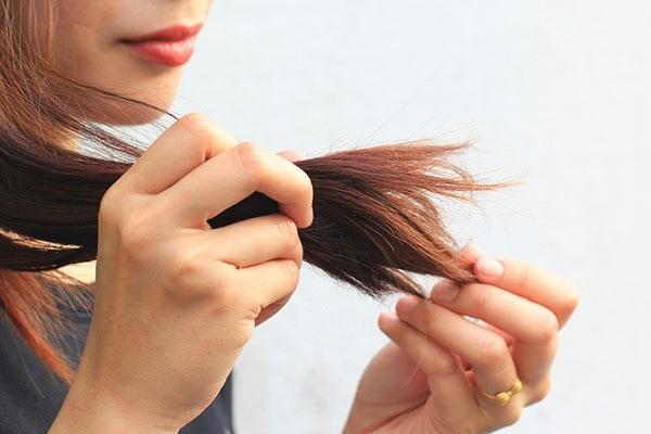 रूखे बाल
