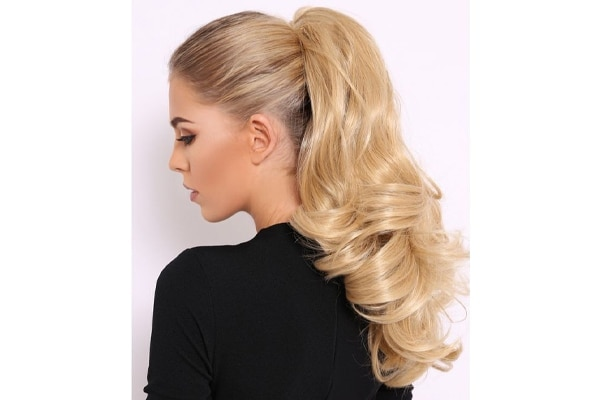 The high and bouncy ponytail