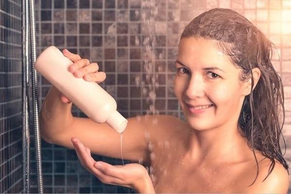 اغسلي شعرك ثلاث مرات في الأسبوع