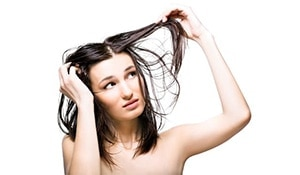8 simple ways to get rid of an oily scalp