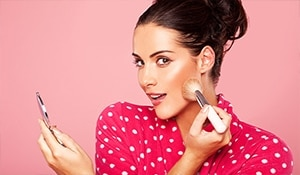 How to apply makeup: Step by step guide for beginners to get it right