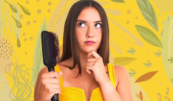 How to pick the right hairbrush, depending on your hair type and concern