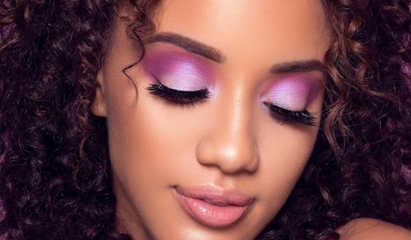 Trend alert! Upgrade your eye makeup game with vivid violet eyes