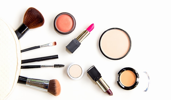 10 products to help you curate the perfect makeup box for any occasion