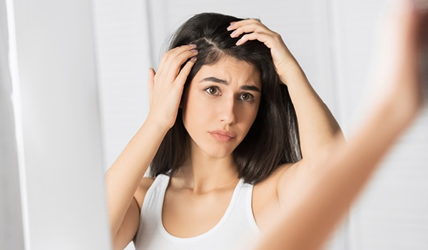 4 hair care tips to get rid of dandruff in summer