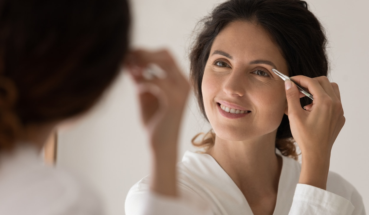 How to groom your brows at home in 3 simple steps
