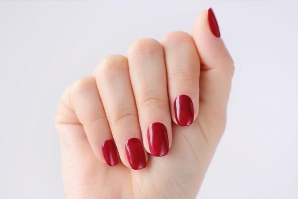 Use the right nail polish shade