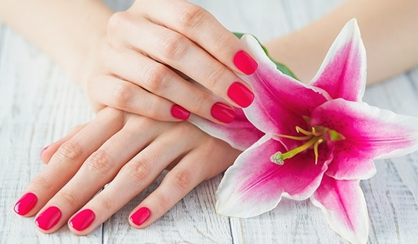 How to make your hands look younger in 4 easy ways