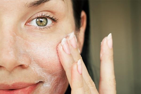 Cleanse skin
