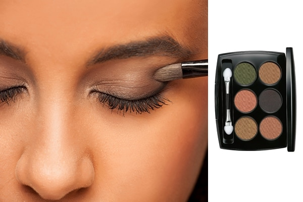 How to work the perfect shimmery smoky eye look