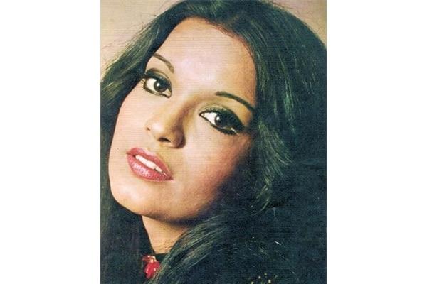 Zeenat Aman's smokey eyes