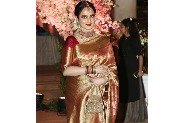Rekha's classic gajras and red bold lips