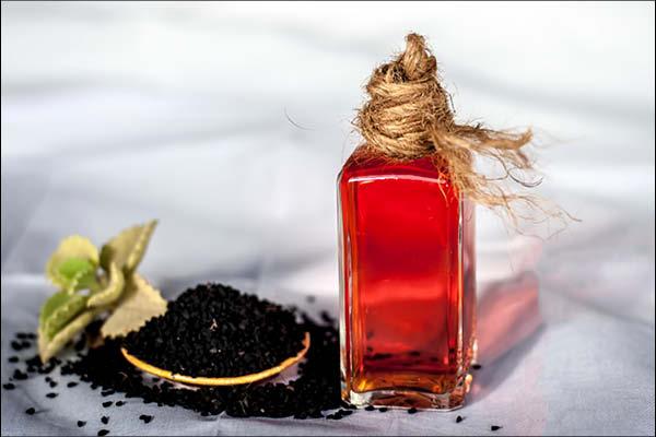 கருஞ்சீரகம் + ஆலிவ்/தேங்காய் எண்ணெய்
