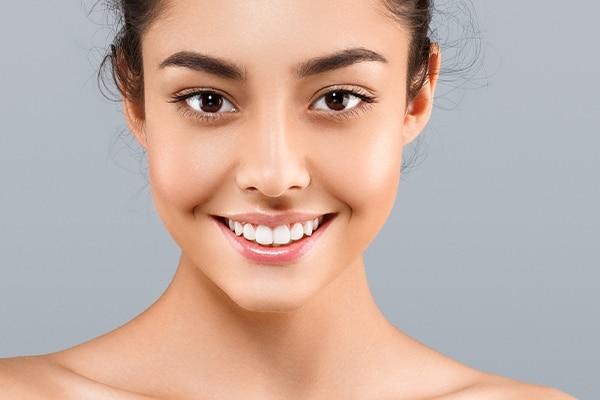 Reduces hyperpigmentation