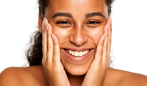 Lactic acid is the skincare super hero your sensitive skin has been waiting for