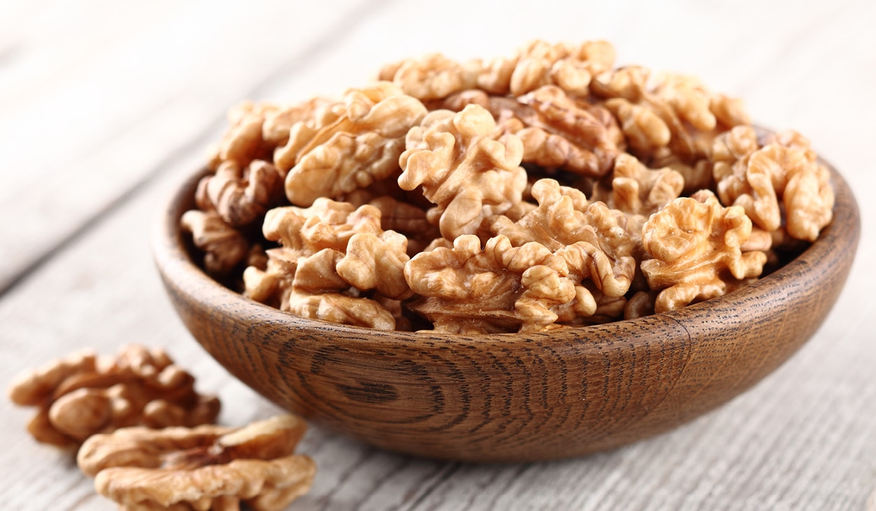 Walnut benefits for skin and hair that will level up your beauty game