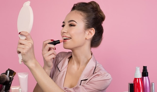 Looking for a makeup tutorial for every occasion? This is just what you need to read...