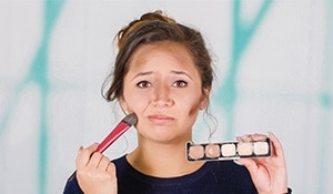 4 common makeup mishaps and how to fix them