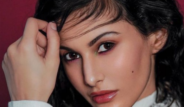 Amyra Dastur birthday special: 5 makeup lessons we learned from the gorgeous actress