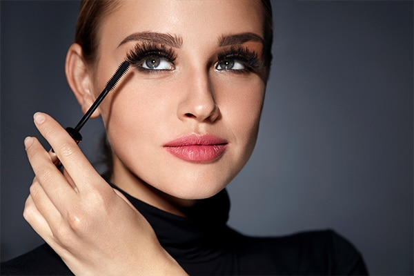It's all about the mascara