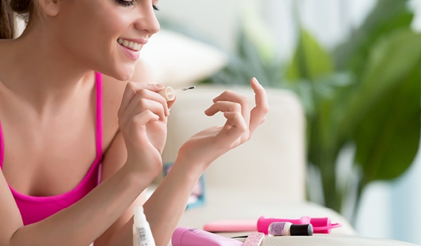 How to give yourself a perfect manicure at home: Step-by-step guide