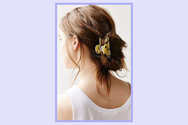 How To Wear The Hair Accessory Claw Clip In Many Ways Bebeautiful