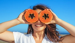 The many benefits of papaya for hair and skin