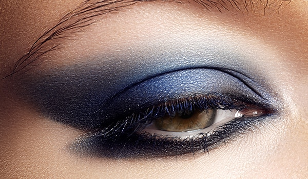 How To Apply The Perfect Blue Eyeshadow