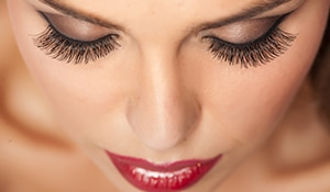 All you need to know about eyelash extensions