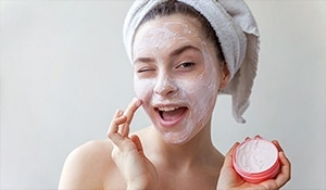 Quick tips and tricks to make the most of your moisturiser