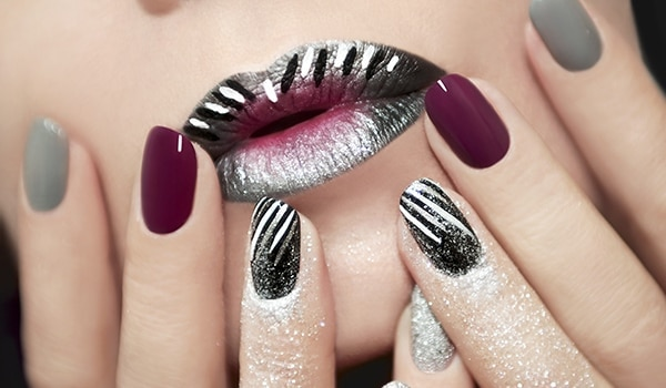 Nail art designs for women with round nails