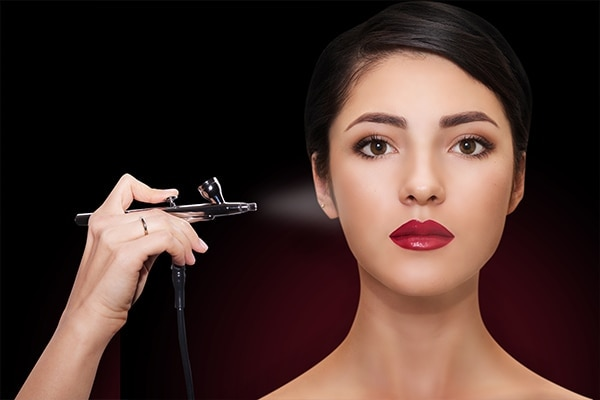What is airbrush makeup?