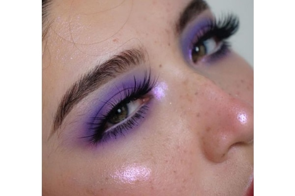 Single eyeshadow trend