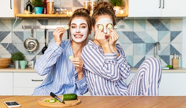 Hydrating face masks: 5 recipes to plump up your skin