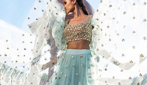 Here is how to rock sky blue makeup on Day 8 of Navratri
