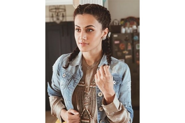 Star stalk Taapsee Pannu