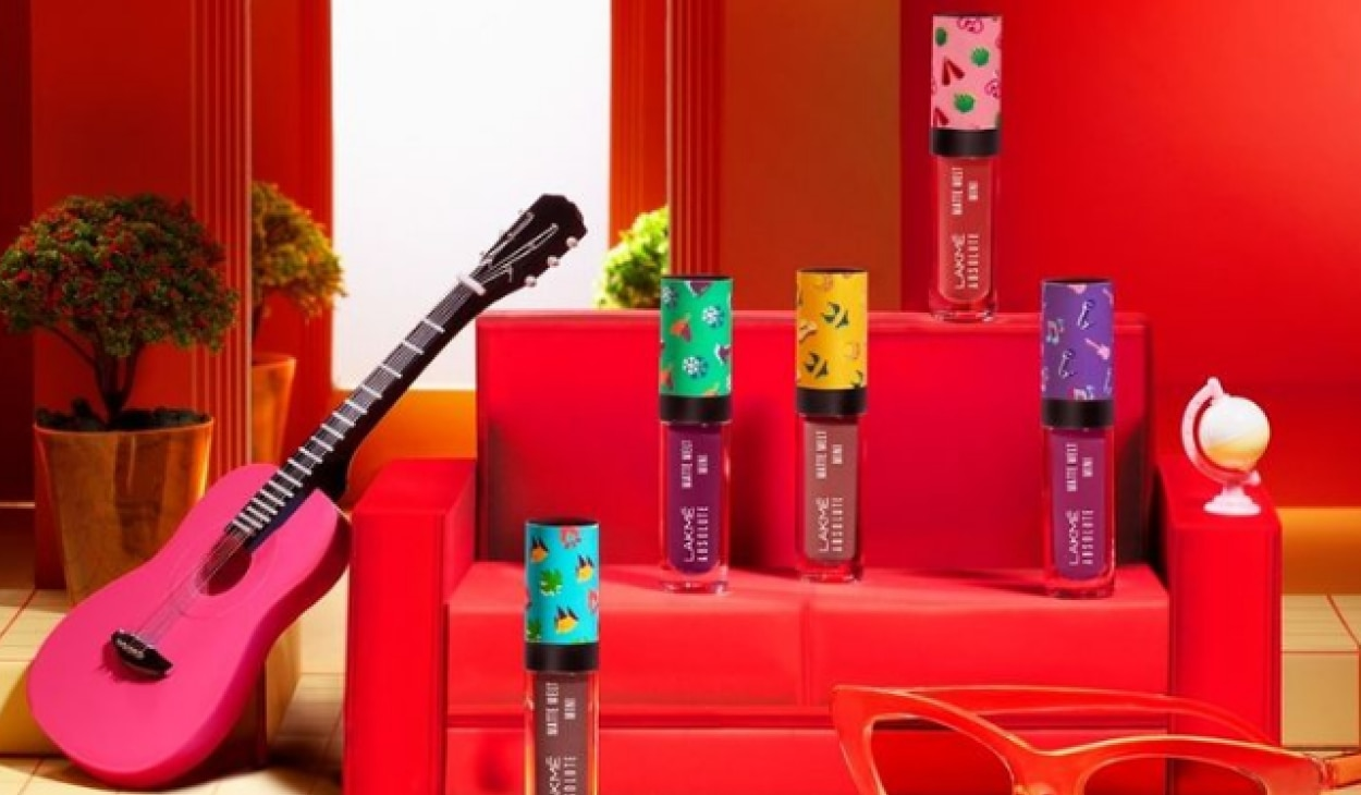 Lakmé just dropped the cutest Matte Melt Mini lipsticks, and we are in love!