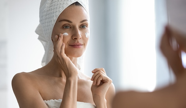The right way to layer moisturisers for maximum hydration
